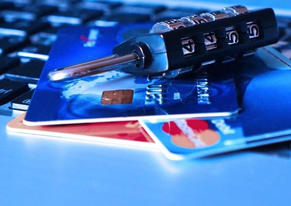 credit-card-1591492_1920