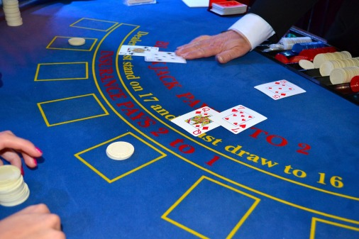 cards-1437776_1920