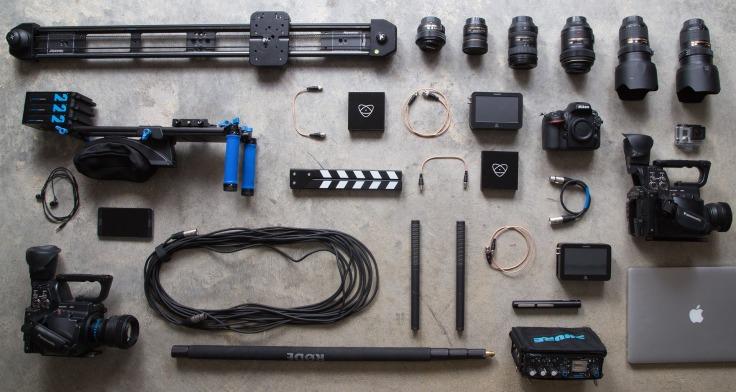 equipment-731132_1920.jpg