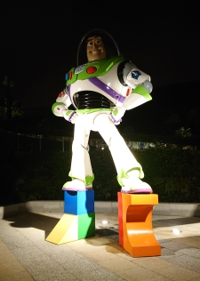 Buzz_Lightyear_sculpture_of_Toy_Story_Hotel_Shanghai